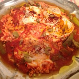 Huevos con tomate (Shakshuka)
