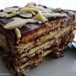 Torta helada de chocolate y galletas