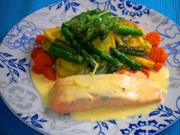 Raviolis rellenos con Alverjitas / Espárragos y Zanahorias